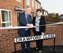 Image of Councillor Crane and Kathleen Crawford opening Crawford Close in honour of Councillor Jack Crawford